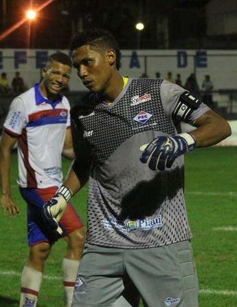 Goleiro Lucas, Piauí  (Foto: Renan Morais )