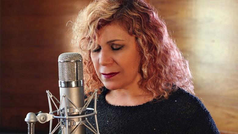 fatima-leao-cantora (Foto: Reprodução/ Facebook Fátima Leão)