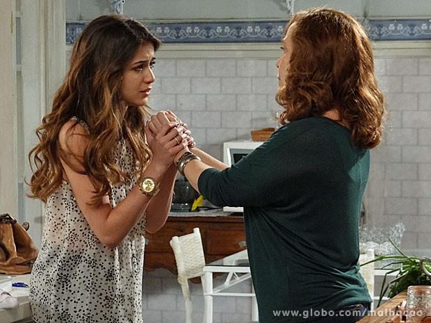 Flaviana pede ajuda aos prantos (Foto: Malhação / TV Globo)