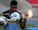 Botafogo fica perto de emprestar Murilo e Lucas Zen ao Macaé
