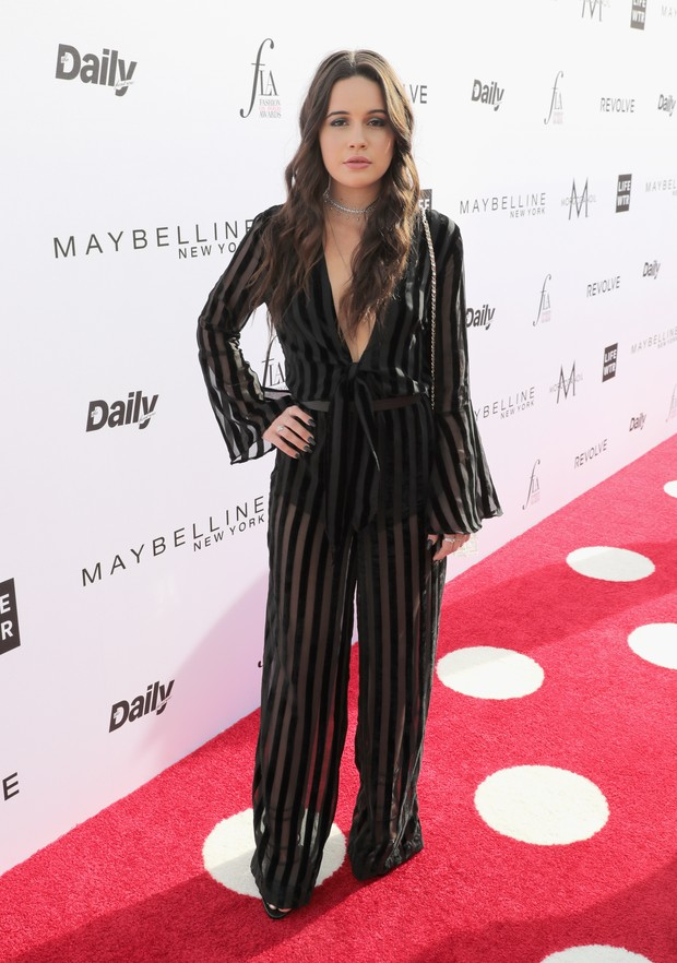 Bea Miller no Los Angeles Fashion Awards (Foto: AFP)