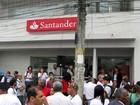 Santander inaugura segunda agência dentro de uma favela do Rio