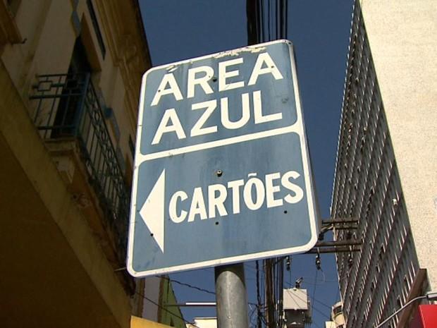 Área Azul sofreu reajuste de R$ 1 para R$ 3 em Ribeirão Preto, SP (Foto: Reprodução/EPTV)