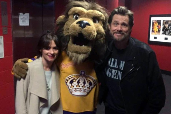 Jim Carrey e Cathriona White (Foto: Twitter)