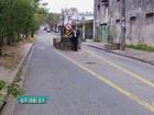 Bloco de concreto é fincado no meio de rua da Zona Norte de São Paulo