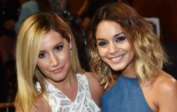 """Ashley Tisdale (à esq.) e Vanessa Hudgens são grandes amigas desde os tempos de 'High School Musical', na década passada. Segundo Tisdale, Hudgens é como uma """"irmã"""" para ela. (Foto: Getty Images)"""