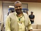 Arlindo Cruz começa a reconhecer melhor as pessoas, diz filho do cantor