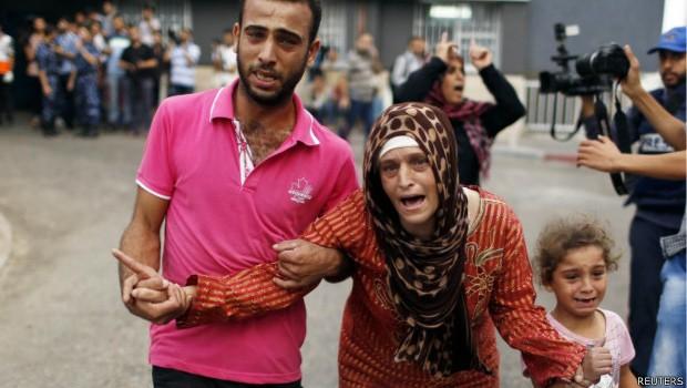 Número de palestinos mortos em ofensiva passa de 400 (Foto: Reuters)