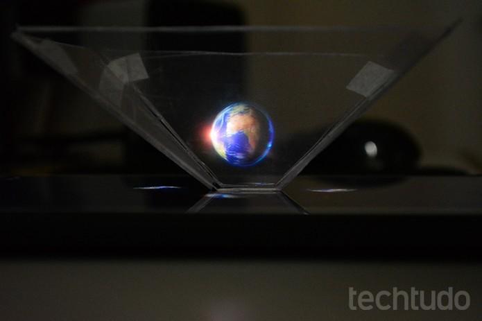 Transforme a tela do celular em um projetor de hologramas (Foto: Barbara Mannara/TechTudo)