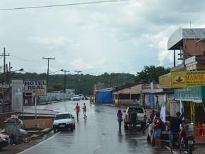 Autoridades locais confirmam epidemia da doença no município (Foto: Cassio Albuquerque/G1)