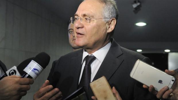 Presidente do Senado Federal, senador Renan Calheiros (PMDB-AL), concede entrevista (Foto: Jane de Araújo/Agência Senado)