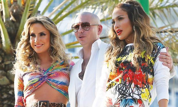 claudia, pitbull e j.lo (Foto: reprodução)