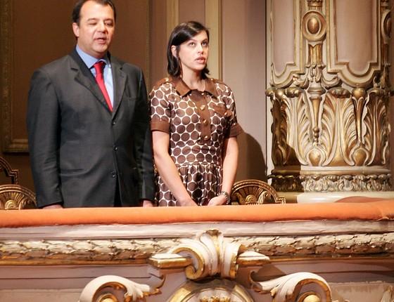 O ex-governador do Rio de Janeiro, Sérgio Cabral, ao lado da ex-primeira-dama Adriana Ancelmo  (Foto:  WILTON JUNIOR/ESTADÃO CONTEÚDO)