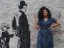 Entre cachos e ideias desenroladas: conheça a repórter Giovanna Ismael
