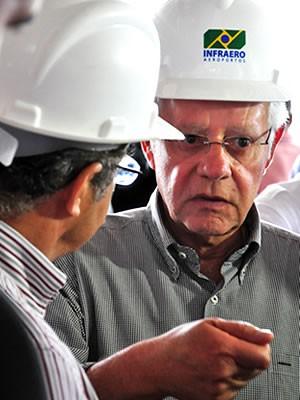 Ministro Moreira Franco criticou atrasos nas obra do Marechal Rondon. (Foto: Renê Dióz/G1)