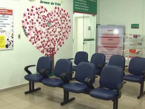 Falta de médicos reduz atendimento no Hemocentro de Cascavel (Foto: Reprodução RPC)
