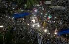 Papa visita favela e fala sobre corrupção (Silvia Izquierdo/AP)