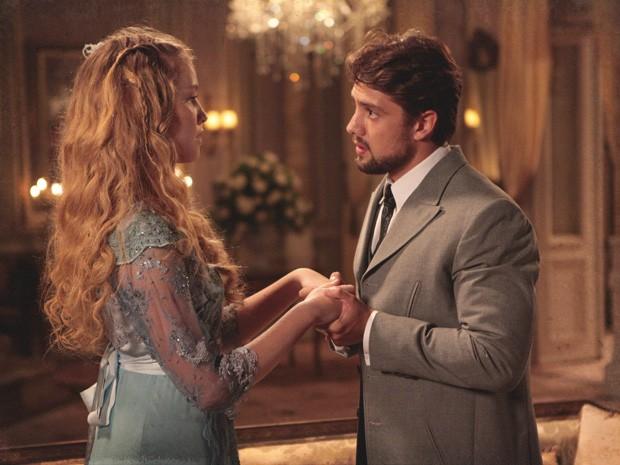 Quem resiste aos olhos azuis desse sedutor? (Foto: Lado a Lado/TV Globo)