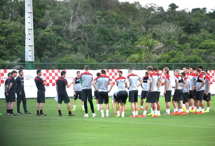 jogadores no treino da Croácia (Foto: Eric Carvalho)