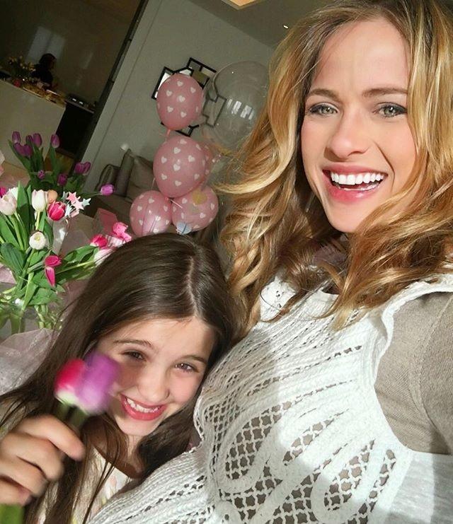 Luiza Valdetaro e a filha, Malu (Foto: Reprodução/Instagram)