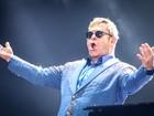 Elton John reúne banda para lançar 33º álbum