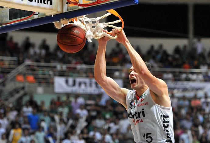 Cipolini Uberlândia basquete Melhor foto (Foto: João Pires/LNB)