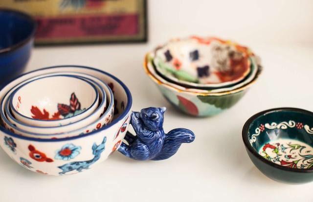 Bowls de porcelana da americana Anthropologie (Foto: Deco Cury, Beleza: Bel Luscher)