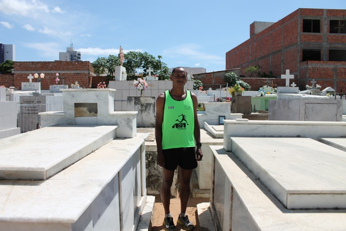 Quando morrer, Antônio quer um velório com casa cheia (Foto: Emerson Rocha)