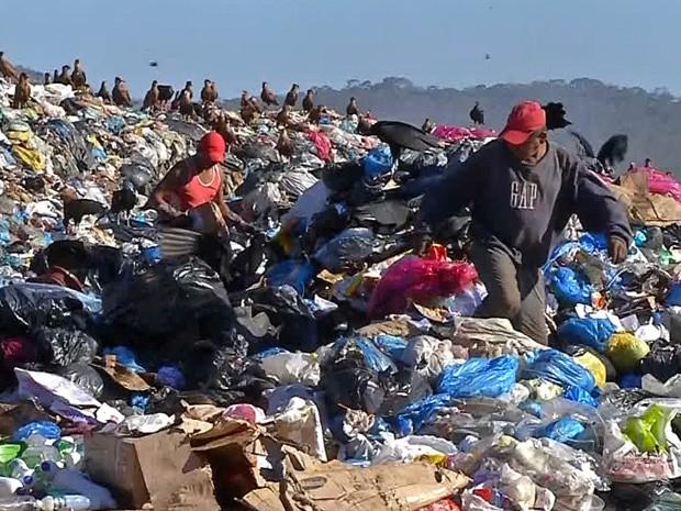Termina o prazo para que o municípios criarem aterros sanitários (Foto: Reprodução/TV Morena)