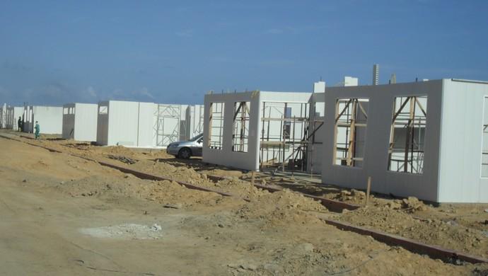 Ninho do Galo terá oito módulos, construídos em PVC com enchimento de concreto (Foto: Denison Roma / GloboEsporte.com)