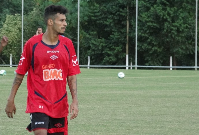 Gedeilson Tombense lateral-direito (Foto: Bruno Ribeiro)