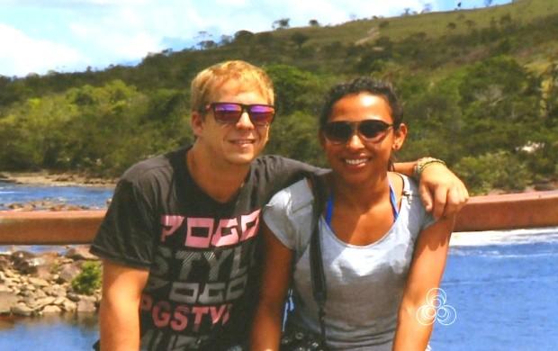 Roraima TV conta história de casal que se conhecem em viagem estrangeira (Foto: Roraima TV)