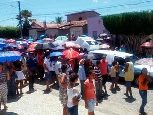Enterro ocorreu na manhã desta terça-feira (Foto: Divulgação/Polícia de Nova Fátima)