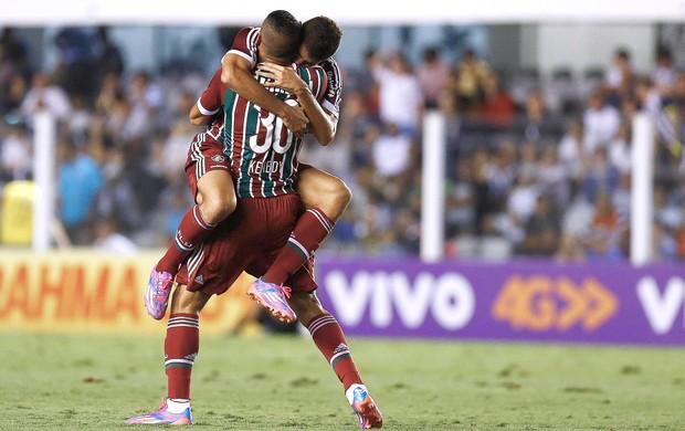 Edson comemora gol do Fluminense contra o Santos (Foto: Ricardo Saibun / Photocamera)