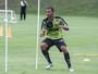 Atlético-MG renova contrato de Lucas Cândido e de mais dois jogadores