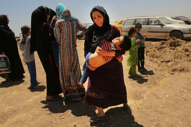 Estado Islâmico ordena MUTILAÇÃO GENITAL DE 2 MILHÕES DE CRIANÇAS