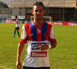 Marlon, do Boavista, com a camisa do Bonsucesso (Foto: Fabio Torres)