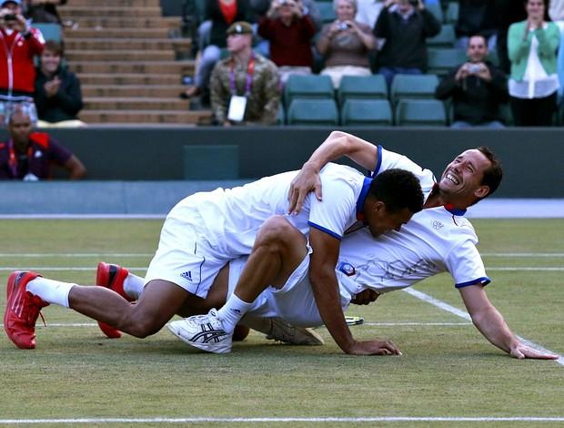 tsonga Llodra tênis duplas Olimpíadas Londres 2012 semi (Foto: Reuters)