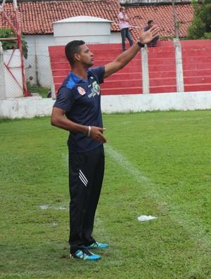 Maurício Reis, técnico do 4 de Julho (Foto: Wenner Tito)
