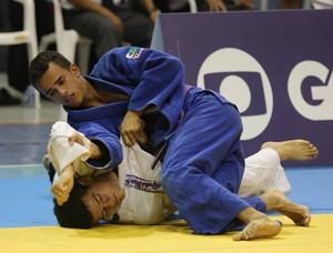 Mayon Brito em luta nos Jogos Escolares da Juventude (Foto: Divulgação/Comitê Olímpico Brasileiro)