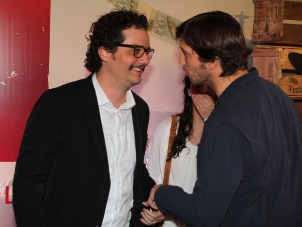 Wagner Moura e Vladimir Brichta em pré-estreia de filme no Rio (Foto: Anderson Borde e Felipe Assumpção/ Ag. News)