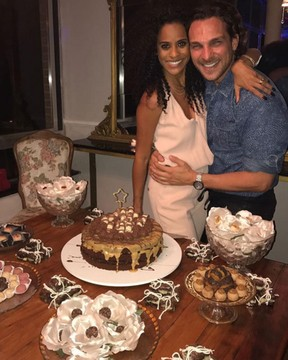 Igor Rickli e Aline Wirley fazem festa para comemorar aniversário (Foto: Instagram/ Reprodução)