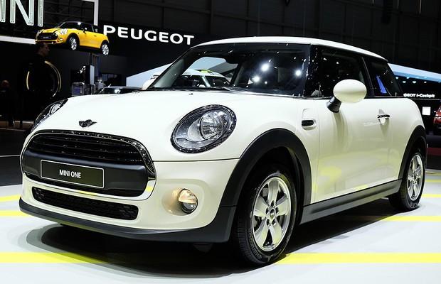Novo Mini One no Salão de Genebra (Foto: Newspress)
