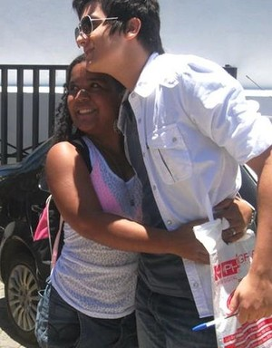Jéssica Nunes junto com Luan Santana, quando ele participou do Festival de Verão 2011 (Foto: Arquivo Pessoal)