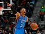 Em temporada de marcas históricas, Westbrook leva o prêmio de MVP