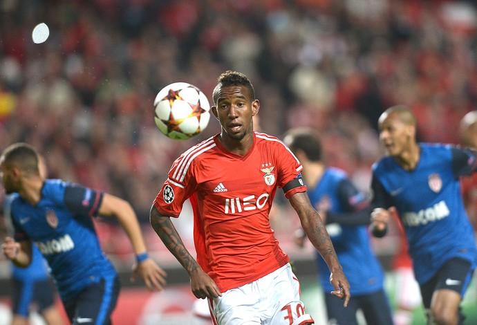 Talisca, Benfica X Monaco (Foto: Agência AFP)