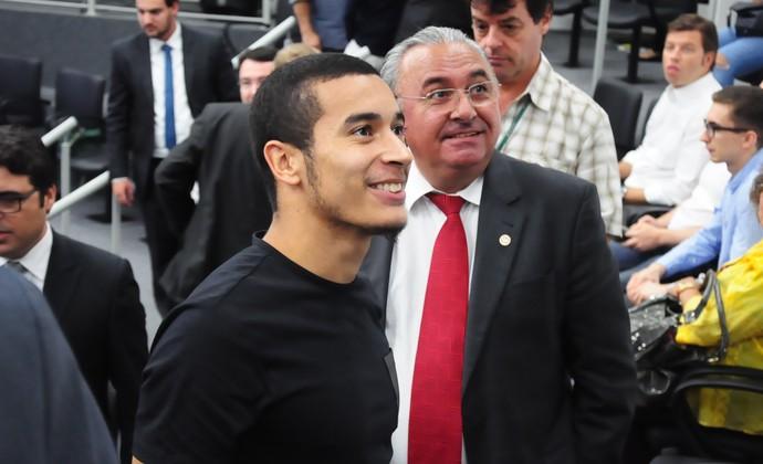 William, lateral-direito, Inter, Julgamento, TJD, Gre-Nal (Foto: Eduardo Deconto / GloboEsporte.com)