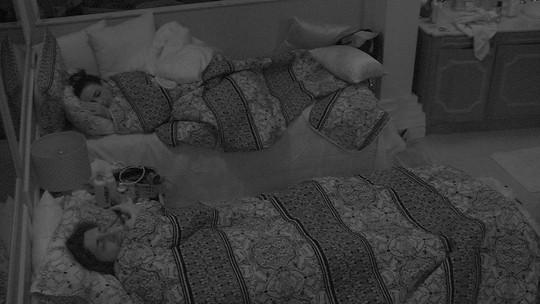 Ilmar e Marinalva dormem no Quarto Azul