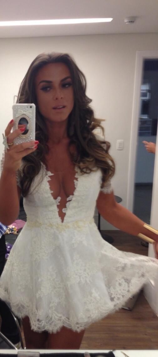 Nicole Bahls (Foto: Reprodução/Twitter)