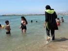 Outra região da Riviera francesa proíbe burkini nas praias